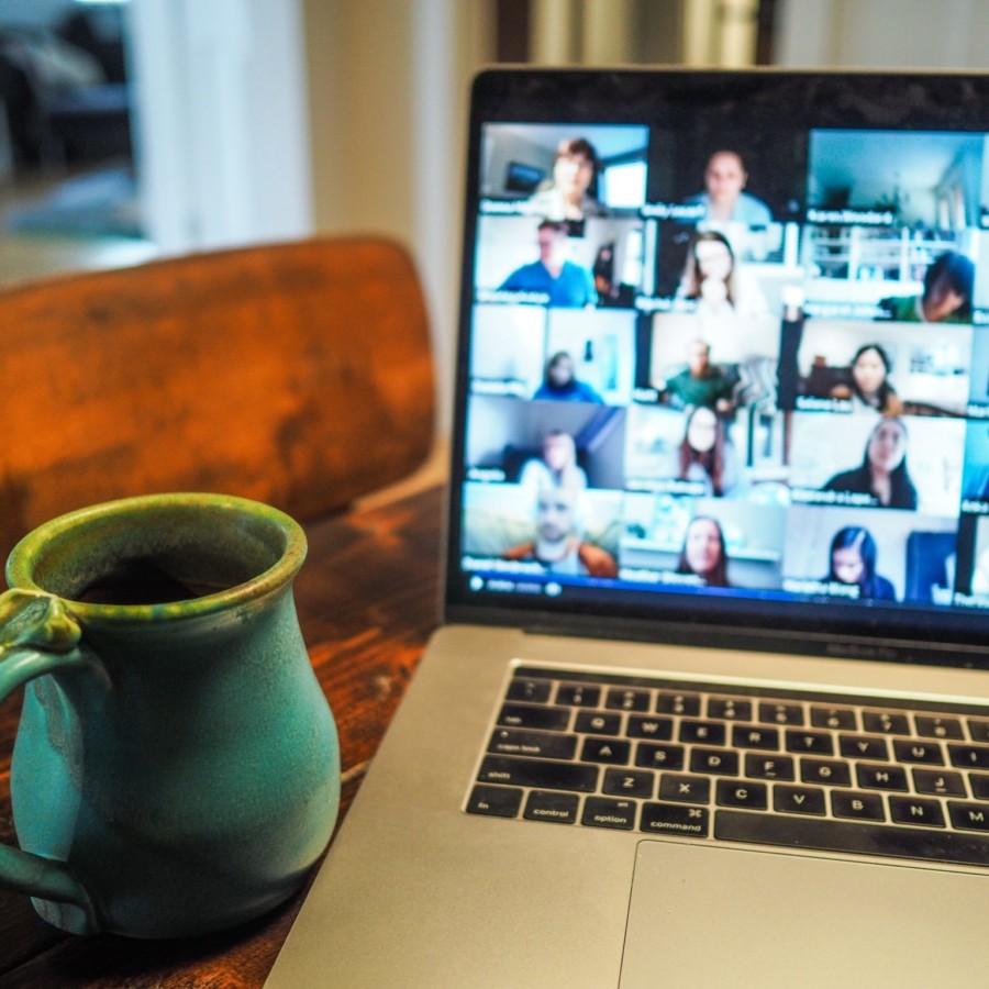Webカメラとは?ヨガのオンラインクラスや練習におすすめのWebカメラ5選